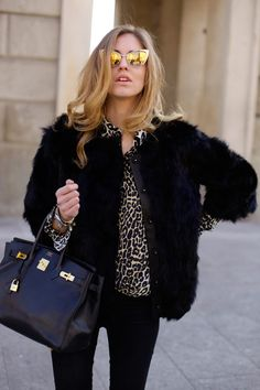 #ChiaraFerragni  Black Fur Jacket, Leopard top, Yellow reflective sunglasses