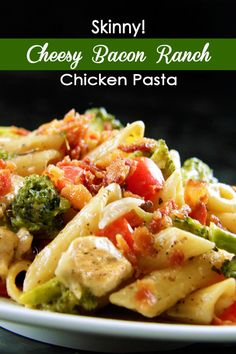 Fast, easy flavorful, Ranch chicken in a SKINNY cheesy ranch sauce - with BACON broccoli and bell peppers - FAMILY FAVORITE!!!   | Carlsbad Cravings