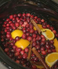 Fill your home with Christmas cheer with scents of the season using your slow cooker! We like to call to call this cinnamon vanilla mix Crock-Potpourri! christmas time, christma cheer, season, christma cinnamon, vanilla scent, cinnamon vanilla, vanilla mix, slow cooker, house smells