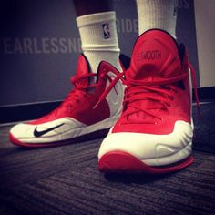 "LaMarcus Aldridge ""L-Smooth"" Nike Hyperposite PE"