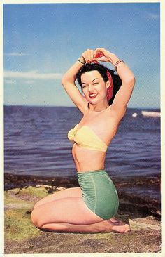 Tying up any loose ends. #1950s #vintage #beach #summer #pinup