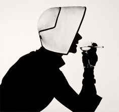 Lisa Fonssagrives in Dior Hat with Martini by Irving Penn, 1952