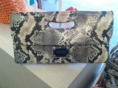 Nine West  Snake PRINT  Clutch - NWT  For sale!! contact me :)
