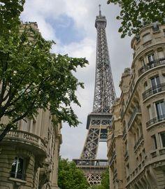33 picture-perfect reasons to love Paris. #budgettravel #travel #Paris #France #EiffelTower #art #architecture #beautiful #inspiration #tips BudgetTravel.com