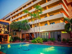 Miami, Florida: Ready for a warm up? Florida is sounding pretty good right about now! boutique hotels, vacat spot, sound pretti