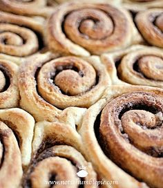 Not So Humble Pie: Cinnamon Rolls With Whipped Cream Cheese Frosting