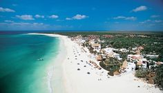 Maroma Resort & Spa: Maroma Resort & Spa sits on 25 acres of preserved jungle and whitewashed beach.