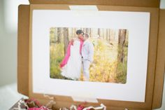 Love the idea of putting a picture inside the box :)