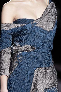 Carolina Herrera fashion, herrera fall, fall 2009, 2009 rtw, colors, dresses, carolina herrera, carolinaherrera, blues