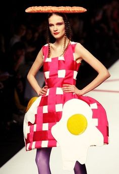 I will never not want to wear this breakfast ensemble.