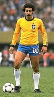 Rivelino, ídolo inspirador de Maradona..#JORGENCA