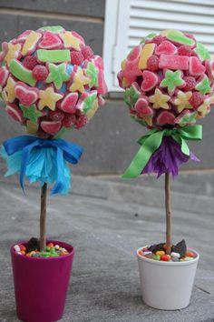 Decóralo todo con #gominolas!!  (#fiesta de #primera #comunion) http://www.airedefiesta.com/list/60/4/2/1/1/DULCES-Y-GOLOSINAS.htm