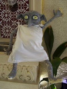 DYI Halloween Paper Mache - I have to make Dobby!