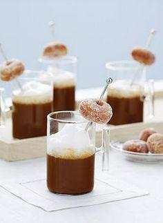 more #weddings should feature #breakfast #food! #mini #donuts