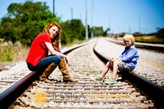 Mother Son Photo Shoot | cute idea for family photo with boy's