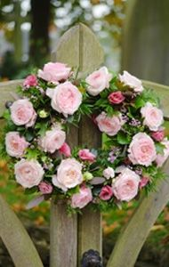 Pink Rose Wreath..Gorgeous!  #roses # flowers #wreaths