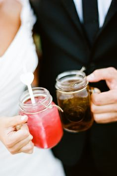 signature drinks, favors, masons, glasses, lemonade