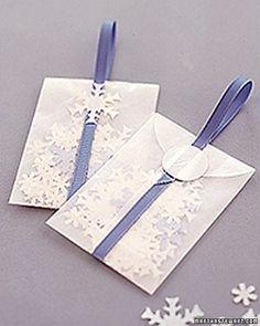 Winter Ceremony Toss....no rice...snowflakes!!!