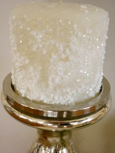 Winter / Christmas - BRILLIANT! Roll a plain white candle in glue, epsom salts and glitter * SPARKLE-O-RAMA!!!