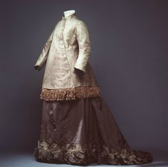 vintag, 1870s fashion, powerhous museum, maternity fashion, cloth