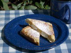 Pie Iron: Lemon Meringue Pie. Yup. I'd eat that. meringu pie, pudgie pie recipes, pie iron, pie fillings, pudgy pie recipes, lemon meringu, dessert