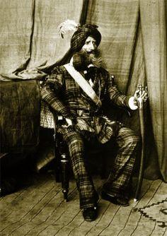 Colonel Alexander Gardner, 1864 plaid mustafah
