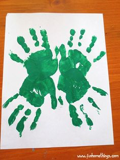 Handprint Clover - Make this kids' craft for St. Patrick's Day. It's a great excuse to get messy! handprint clover, kid crafts