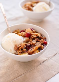 Gluten-free pear cranberry crisp. I make something similar to this, but the addition of greek yogurt to the topping intrigues me. Going to try this today!
