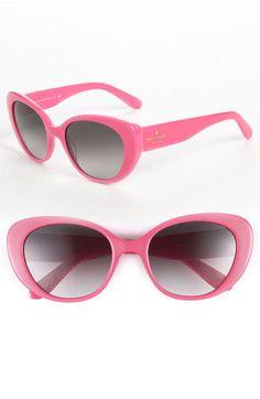 pink sunnies. love!