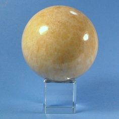 ball-yellow jade