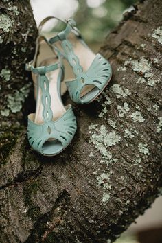 aqua wedding shoes // photo by Lev Kuperman // http://ruffledblog.com/rhode-island-summer-wedding