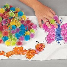 Porcupine Ring Painters - what a great craft idea for toddlers. Sensory + fun medium + get a bit messy + easy for their chubby fingers!