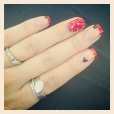 Disney nails Nails Art, Mickey Mouse, Mouse Nails, Disney Nails, Baseball Nails, Minnie Nails, Disney Manicure, Nails Addiction, Chevron Nails