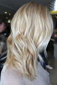 Exactly how I want my hair for summer! Love light baby blonde highlights