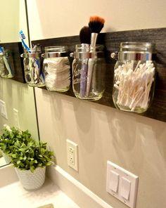 hall bathroom, mason jar bathroom ideas, diy apartment bathroom ideas, organize bathroom, bathroom storage, master bathrooms, bathroom organization, mason jars, simpl idea