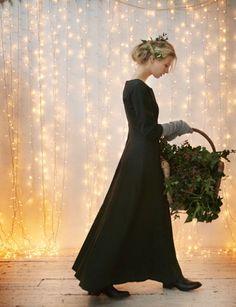 fairy lights all over a wall lights, holiday, maxi dresses, backdrops, christmas, soft light, toast, black, curtain
