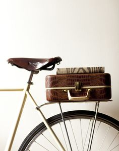 ride, vintage suitcases, cross country trip, bicycl, brook saddl, book, smoot bikejpg, kendra smoot, leather suitcas