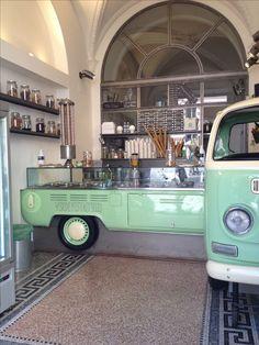 Gelateria Verde Pistacchio | Rome. #Kombi #vw shop, interior, place