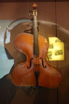 Daliesque stringed instrument