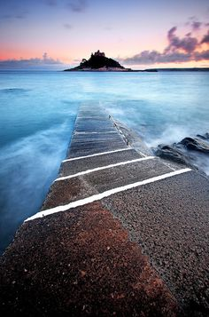 Blue 'n' Pink by midlander1231, via Flickr, St Michael's Mount, Cornwall, UK