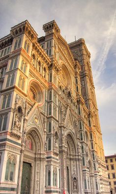 Facade of the Cathedral in Firenze at sunset