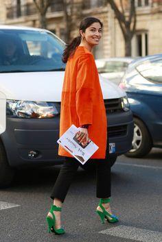 fashion weeks, paris fashion, carolin issa, orang, pari fashion, street styles, pfw street, black, coat