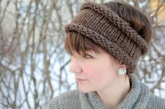 Head band  Cast on 50 stitches on circular needles.Knit stockinette in the round until you´re almost out of yarn. Cast off and you´re good to go;)