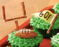 DIY: Football Cupcakes
