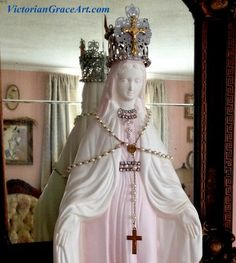 "$189.88 18"" Handcrafted PINK White SHABBY JEWELED Crown French Roses Blessed Virgin Mother Mary Shrine Altar plaster Statue Vintage Rosaries Miraculous Medal"