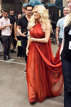 Carrie Underwood behind the scenes at the Billboard Music Awards 2012