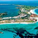 Week 7. Playa del Carmen, Mexico is our trending romantic destination this week. The white sand beaches, the clear Caribbean Sea and the ferries to the island Cozumel, which boasts world famous scuba diving, have long lured honeymooners to Playa.    Book Hotel in Playa del Carmen: http://hotels.tourtellus.com/City/Playa_del_Carmen.htm