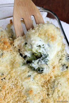 Super Cheesy Broccoli Au Gratin Casserole #QuickFixCasseroles