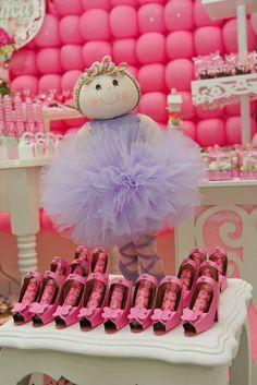 Ballerina theme party...great idea for baby shower or bday for little girls