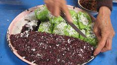 red rice & coconut dessert    Luang Namtha market